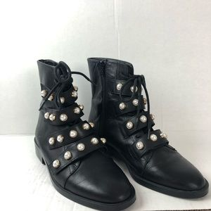 Zara Black Ankle boots with Pearls